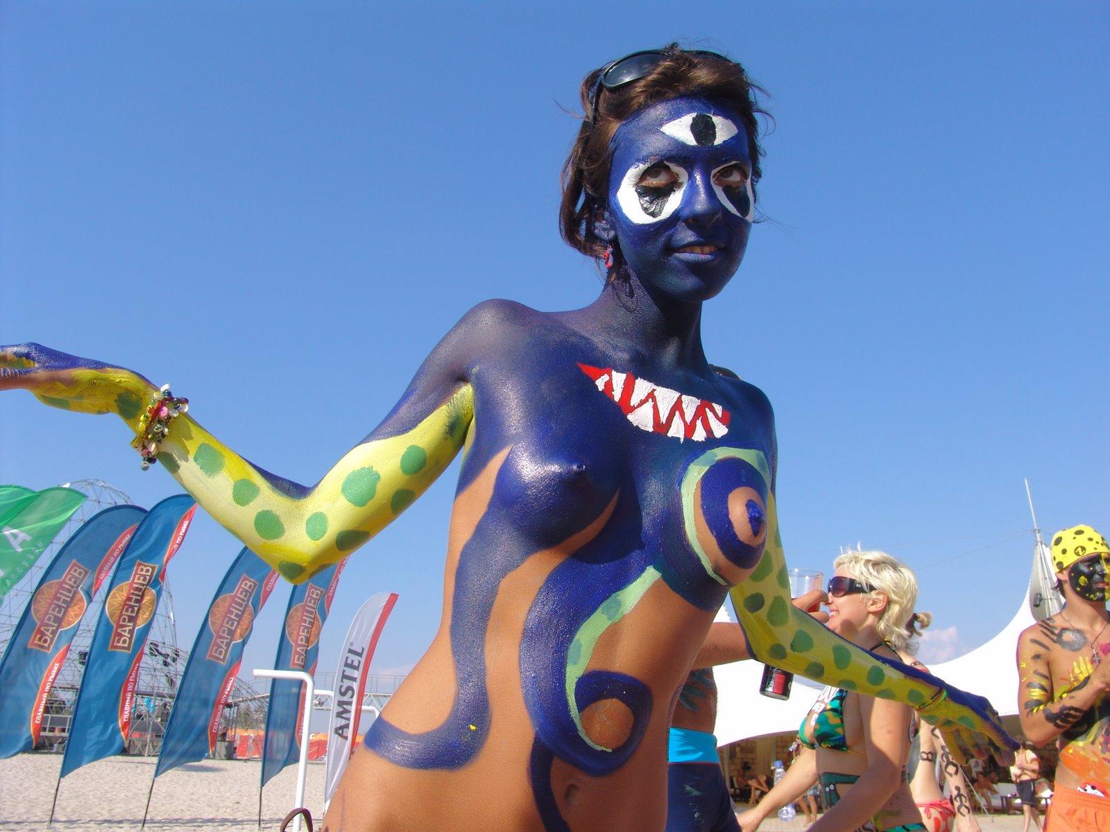 Sex in body paint