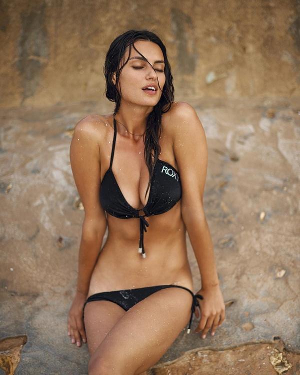 Catrinel Menghia (55 фото)
