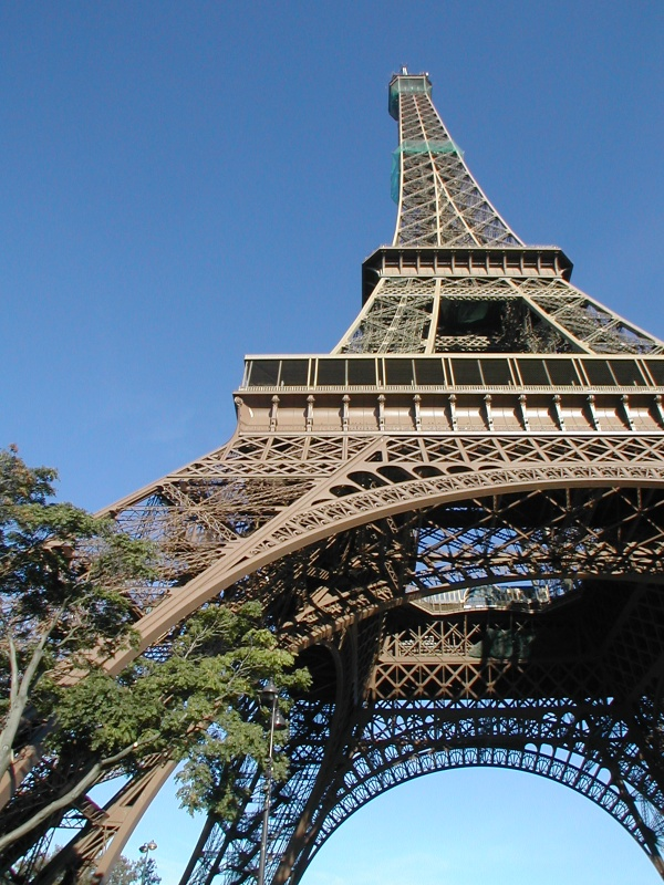 Large collection of photos of the Eiffel Tower (112 фото)