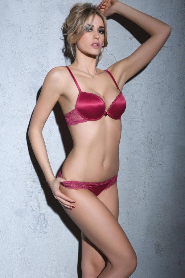 Elena Santarelli (32 фото)