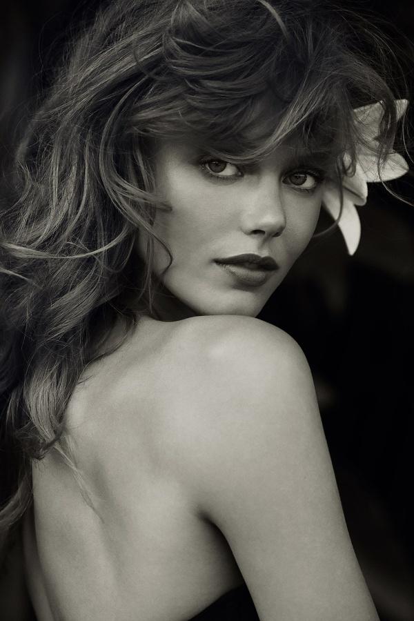 Frida Gustavsson (13 фото)