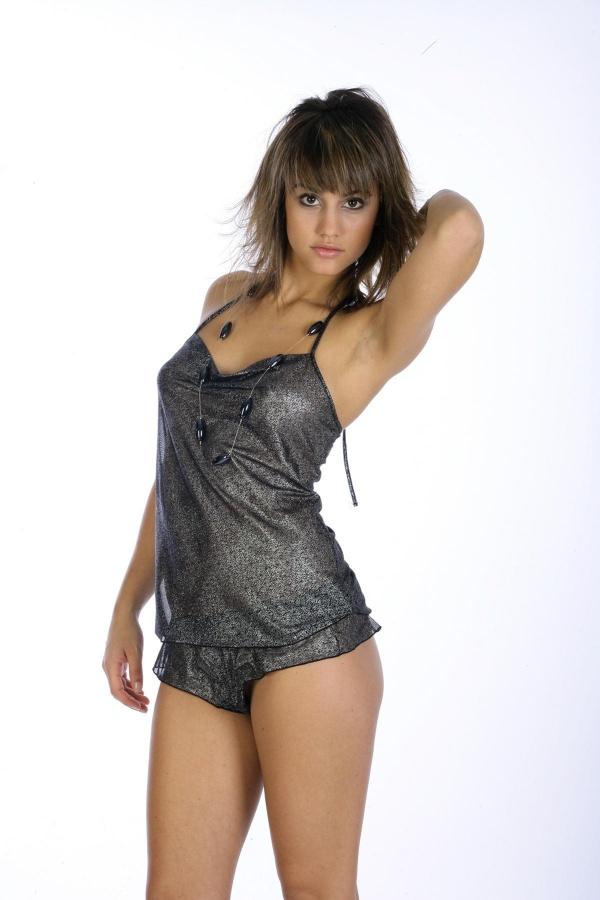 Megan Montaner (88 фото)