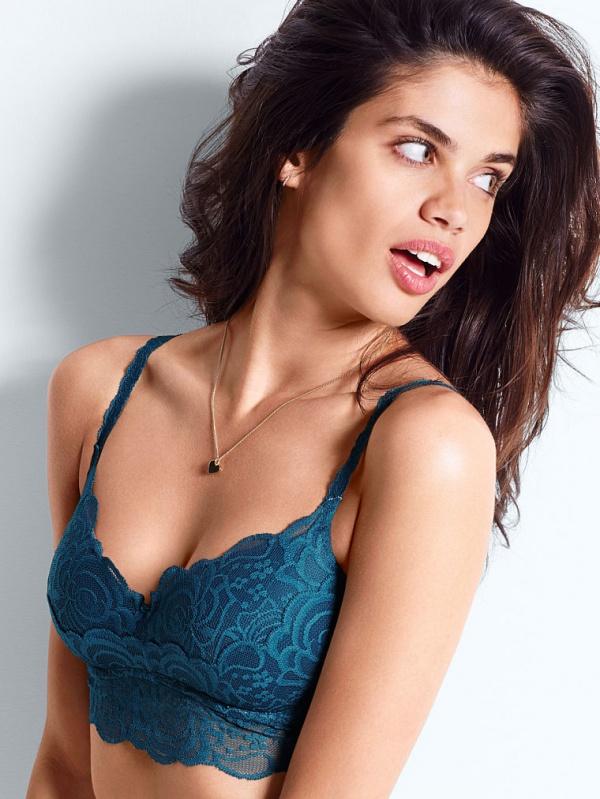 Sara Sampaio (42 фото)
