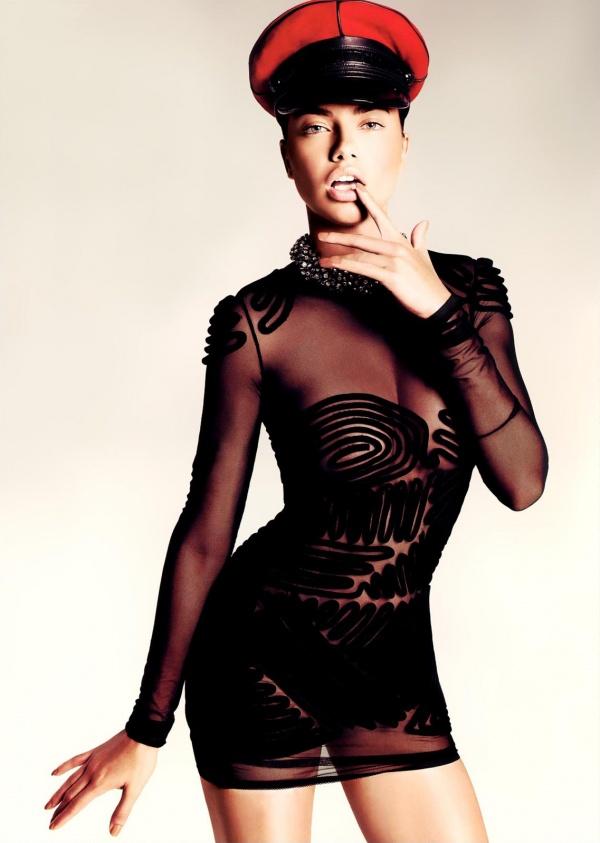 Adriana Lima (150 фото)