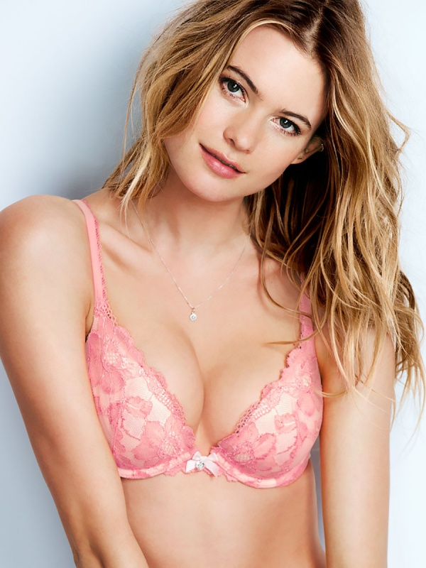 Behati Prinsloo - Victoria's Secret Photoshoots 2015 (122 фото)