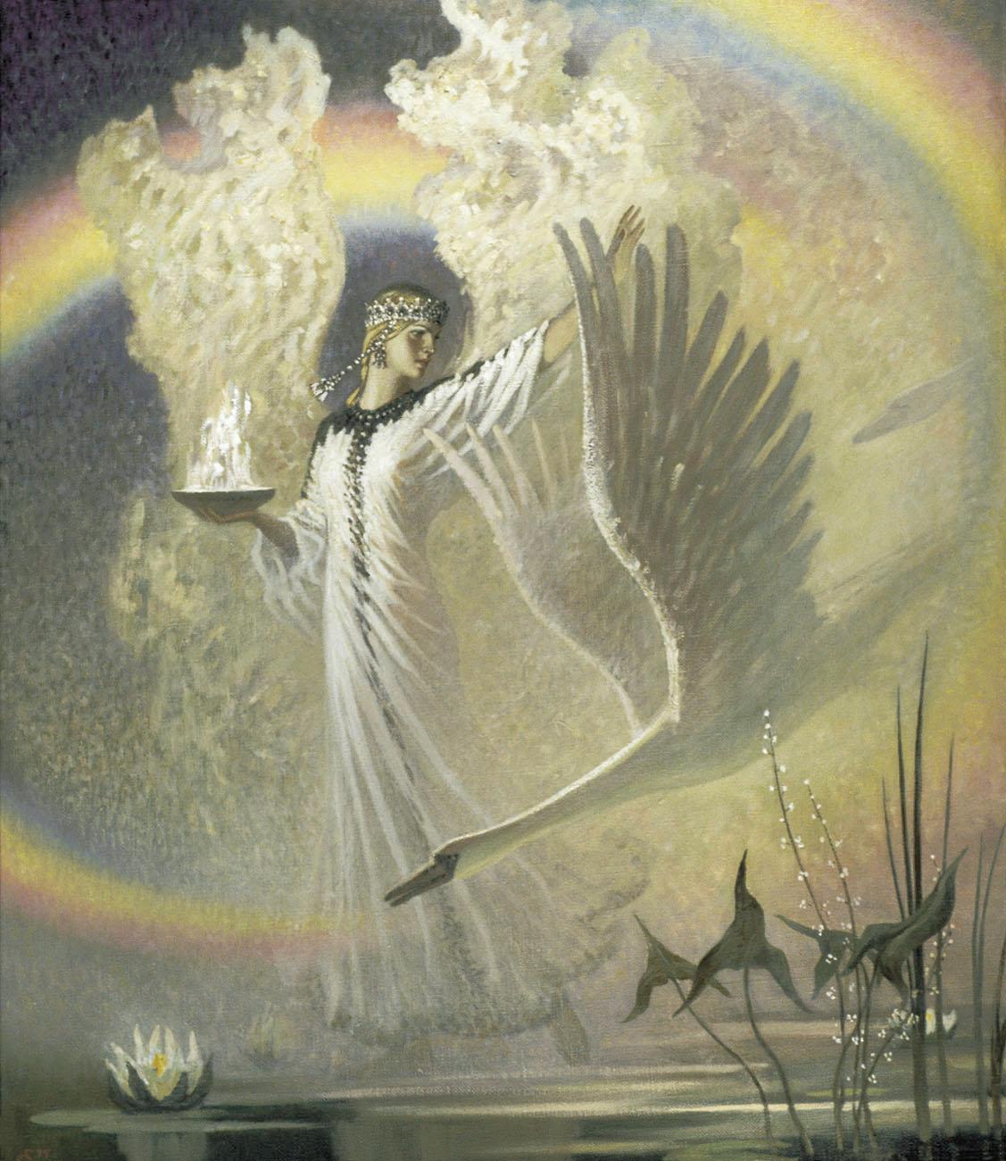 С белым пером в волосах словно языческий бог