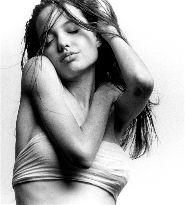 Angelina Jolie (50 фото)