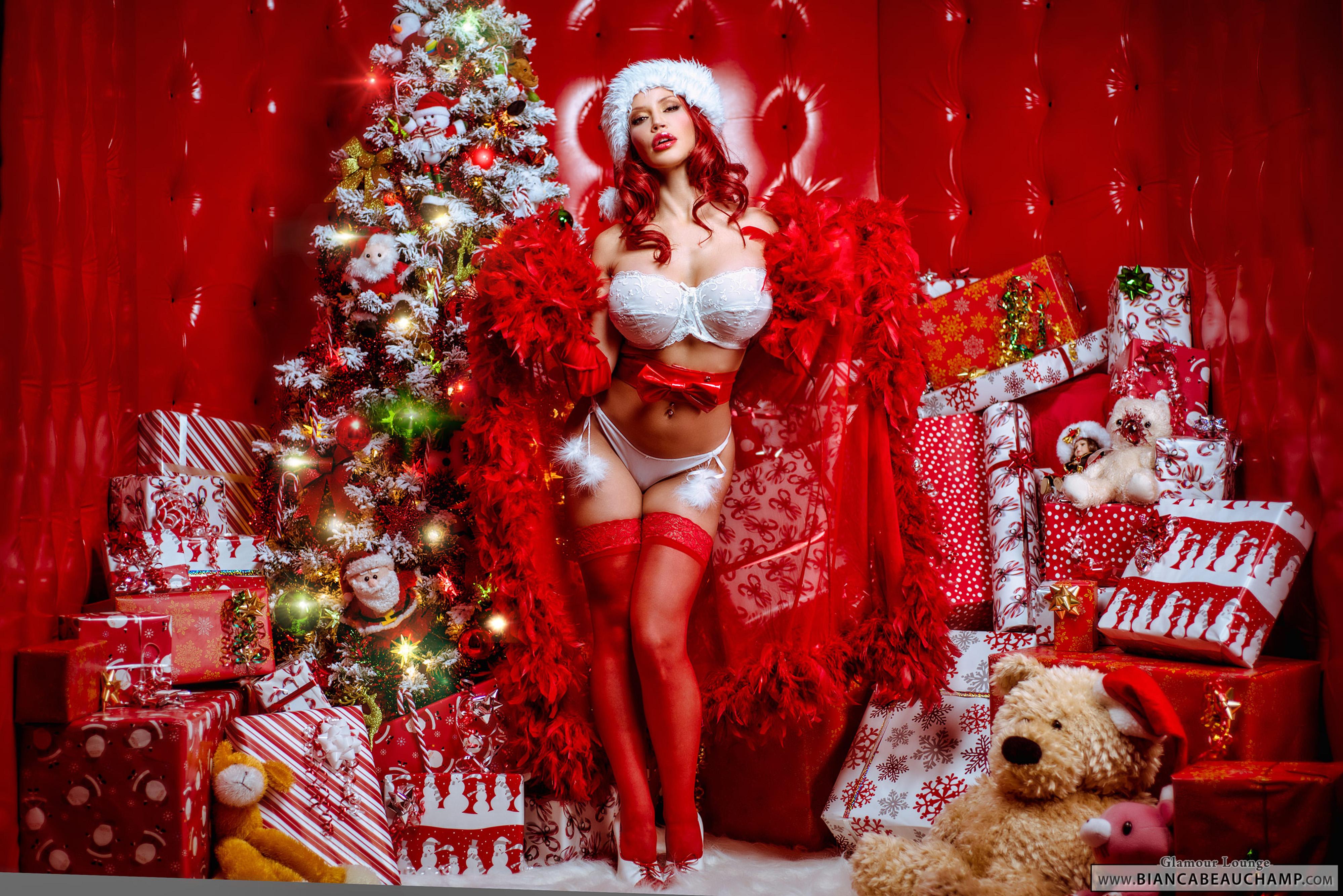 Фото девушка рыжая снегурочка