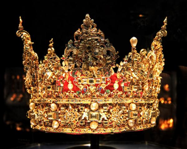Короны мира (29 фото)