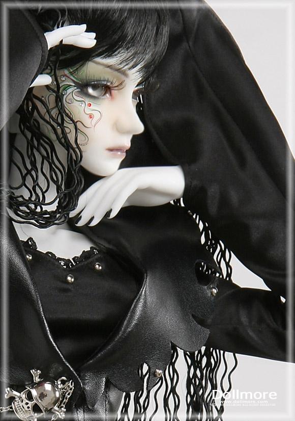наиболее картинки готических кукол с короткими волосами блеска