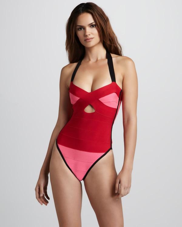 Lisalla Montenegro - Bergdorf Goodman Lingerie & Swimwear (53 фото)