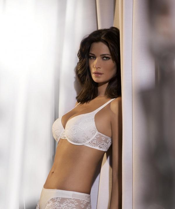 Manuela Arcuri - Lormar Lingerie (25 фото)