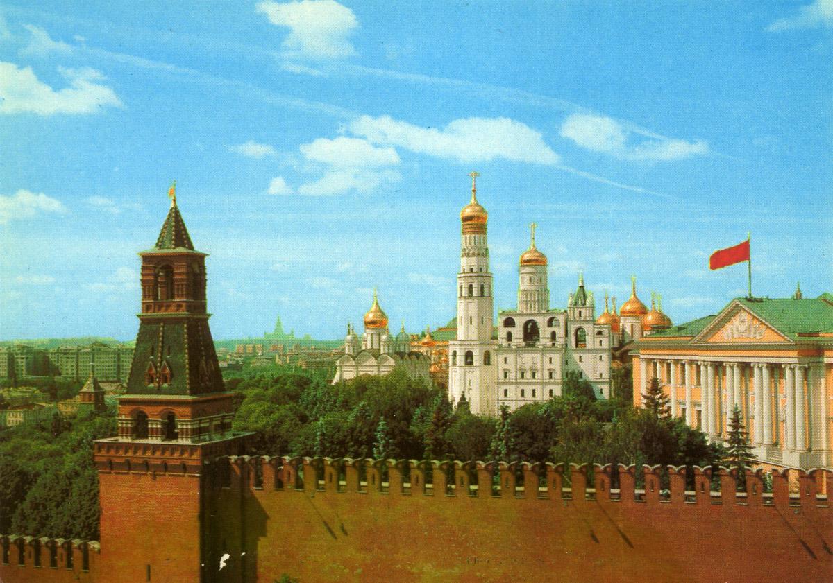 ненавязчиво дал редкие кремлевские фото разрешение
