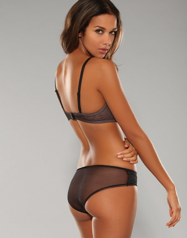 Natalie Suliman - Lingerie from Nelly (42 фото)