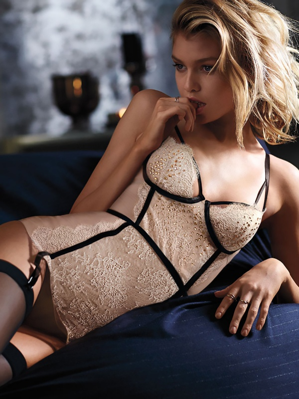 Stella Maxwell - Victoria's Secret Photoshoots 2014 Set 5 (147 фото)